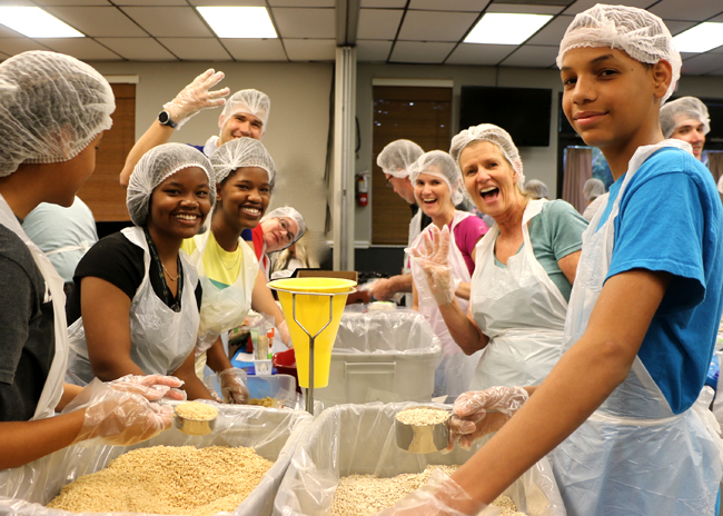 Volunteers helping to feed the hungry